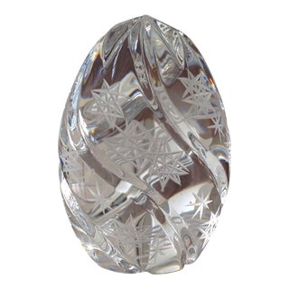 1980s Traditional Sullivan's Lead Crystal Paperweight Egg For Sale