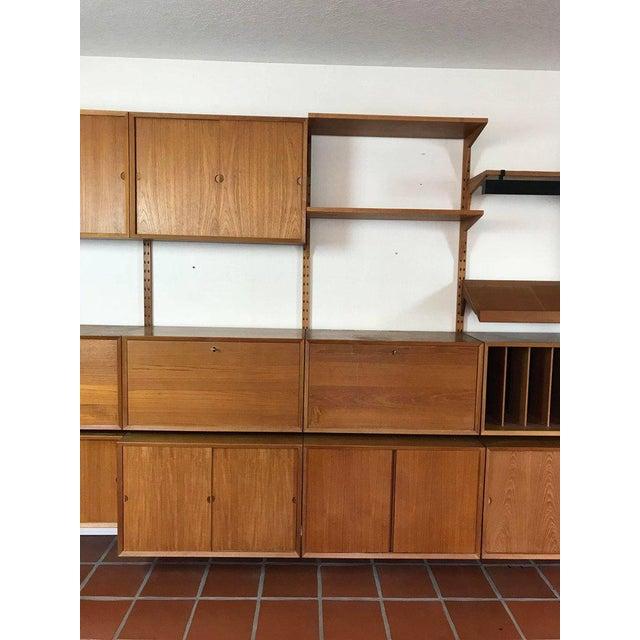 "1960s Danish Poul Cadovius ""System Cado"" Teak Floating Modular Wall Shelf System For Sale - Image 9 of 13"