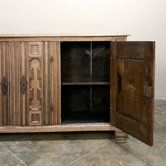 Wood 19th Century English Stripped Oak Buffet For Sale - Image 7 of 13