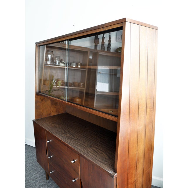 Stanley Furniture Mid-Century Modern Hutch For Sale In Minneapolis - Image 6 of 11