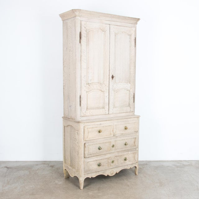 Mid 19th Century French Provincial Bleached Oak Buffet a Deux Corps For Sale - Image 5 of 13