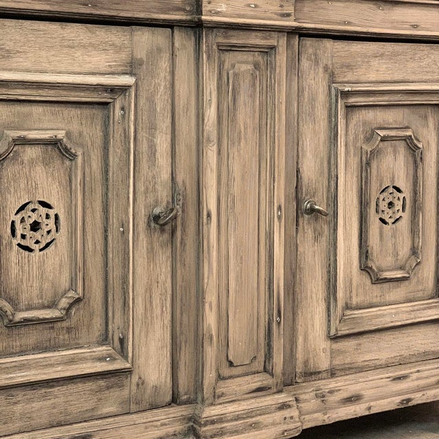 18th Century Stripped Pine Dutch Low Buffet For Sale In Dallas - Image 6 of 12