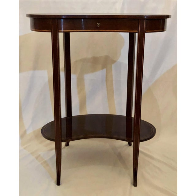Antique English Mahogany Kidney-Shaped Table, Circa 1880. For Sale In New Orleans - Image 6 of 6