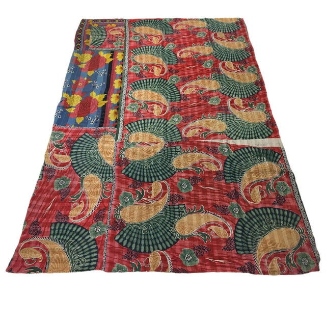 JAI0917-K-86 Vintage Kantha Quilt | Sari Throw We're known for all things Turkish, but when we saw these vintage Kantha...