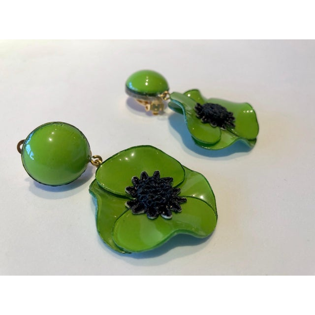 Cilea Green Poppy French Statement Earrings For Sale - Image 9 of 11