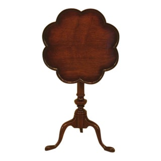 Kittinger Clove Top Mahogany Tilt Top Table