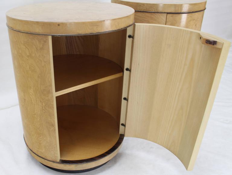 Luxury Pair of Cylinder Drum Shape End Tables Nightstands Burl