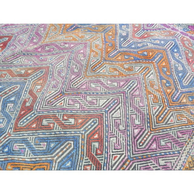Handwoven Turkish Kilim Rug Pastel Colors Area Rug Petite Braided Kilim - 4′11″ × 9′4″ For Sale In Dallas - Image 6 of 12