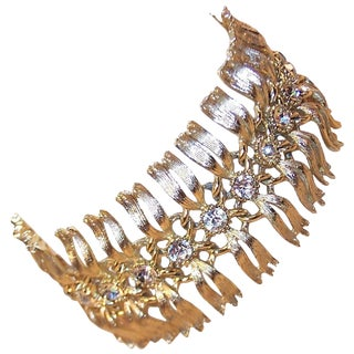 1950's Lisner Articulated Gold Tone Bracelet With Rhinestones For Sale