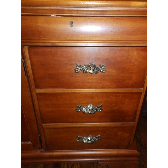 Late 20th Century 20th Century American Classical Betsy Cameron for Lexington Chest of Drawers For Sale - Image 5 of 6