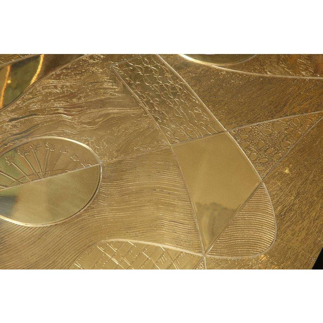 2010s Spectacular Etched Brass and Double Agate Rectangular Cocktail Table For Sale - Image 5 of 10