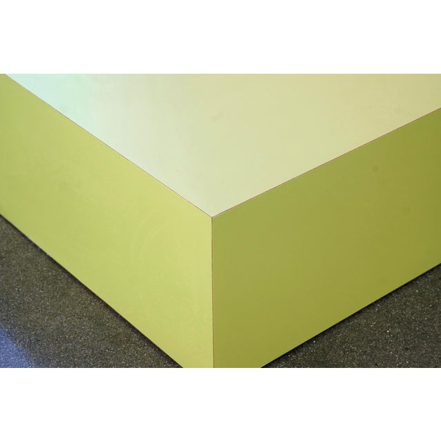 Large Retro 1970s Retail Display Pedestal, Split Pea Green For Sale - Image 4 of 6