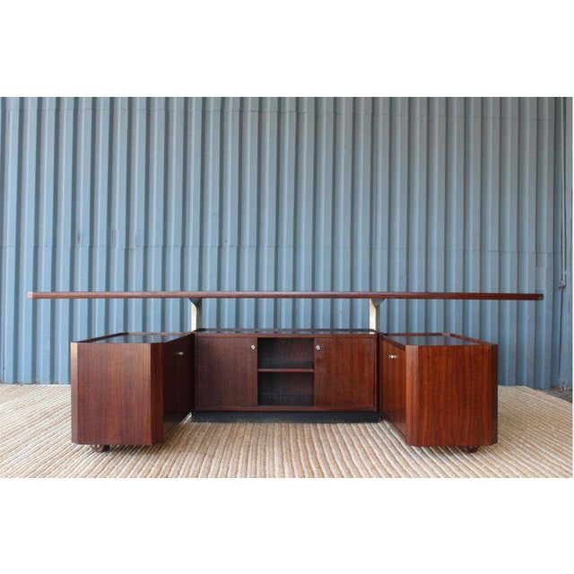 Rosewood Cabinet by Osvaldo Borsani for Tecno, Italy, 1960s For Sale - Image 9 of 13