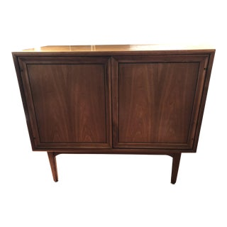 Mid-Century Modern Drexel Credenza/Sideboard For Sale