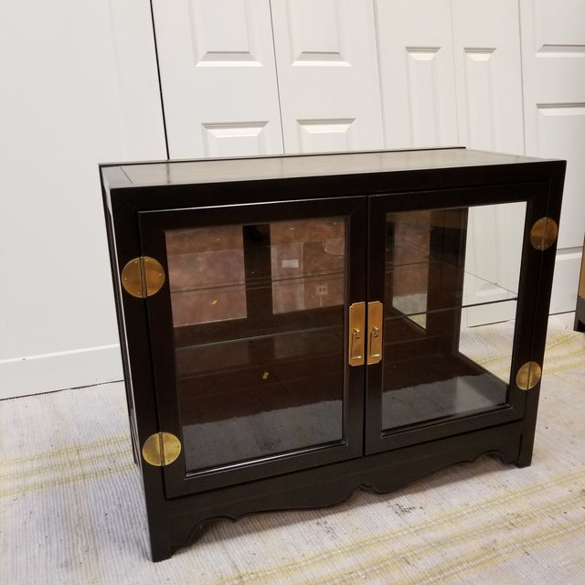 Drexel Asian Modern Glass Curio Display Cabinets - 3 Pieces - Image 4 of 7