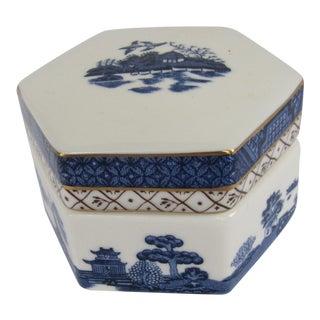 Vintage Royal Doulton Blue Willow Trinket Box For Sale
