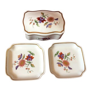 Richard Ginori Porcelain Oriente Trinket Box and Nut Dishes - Set of 3 For Sale