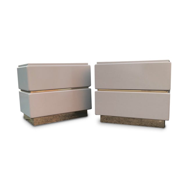 Vintage Lane Brass and Lacquered Nightstands-A Pair For Sale - Image 11 of 12