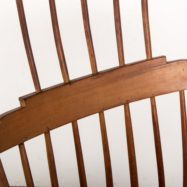 Mid 19th Century Antique American Comb-Back Windsor Rocker For Sale - Image 9 of 12