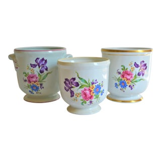 Vintage Mottahedeh Botanical Cachepots - Set of 3 For Sale