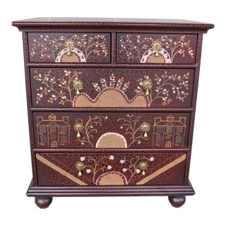 Hickory Kaylyn American Artech William & Mary Style Paint Decorated Chest For Sale
