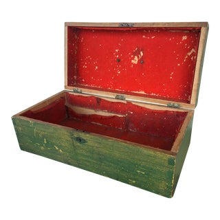 Late 19th Century American Green Box or Chest With Original Paint and Red Felt Interior For Sale