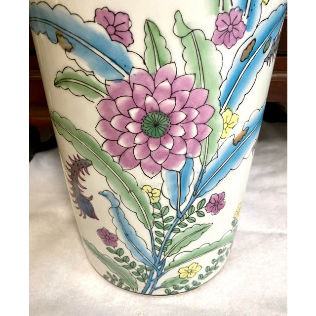 Chinoiserie Vintage Chinese Porcelain Umbrella Stand For Sale - Image 3 of 9