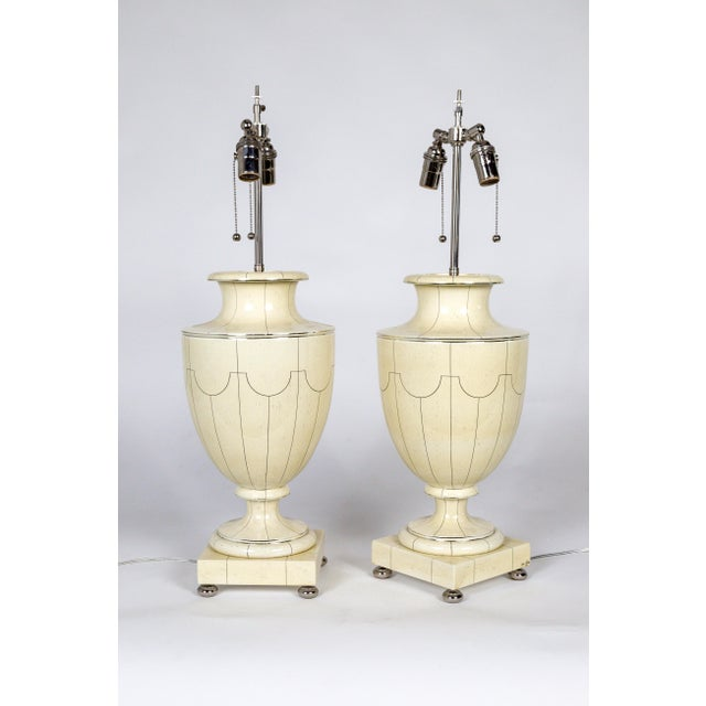 French Vintage Silver Trimmed Ivory Ceramic Urn Lamps by Jean Roger - a Pair For Sale - Image 3 of 10