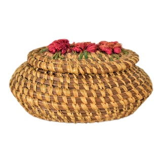 1970s Coushatta Pine Needle Basket For Sale