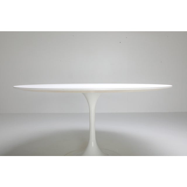 "1970s Eero Saarinen ""Tulip"" Dining Table for Knoll For Sale - Image 6 of 10"