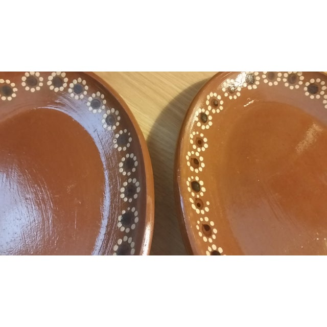 Mid 20th Century Mexican Tlaquepaque Platters - Set of 2 For Sale - Image 5 of 6