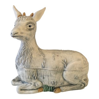 Italian Mottahedeh Lidded Porcelain Lamb Box For Sale