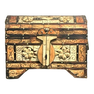 1960s Moroccan Amber Wood Bone Inlay Hand Carved Jewelry Box