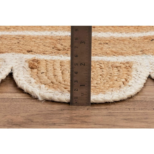 2020s White Trim Jute Scallop Braided Handmade Rug For Sale - Image 5 of 10