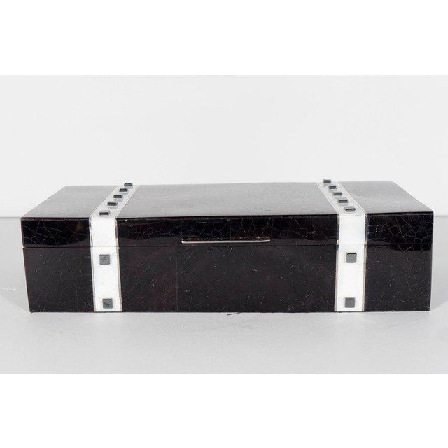 Black Lacquer Cracqueleur Box with Kabibi Inlay and Art Deco Square Motif For Sale - Image 4 of 11