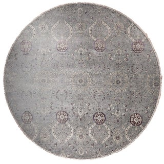 "Farahan Hand-Knotte Rug - 8'2"" Round. For Sale"