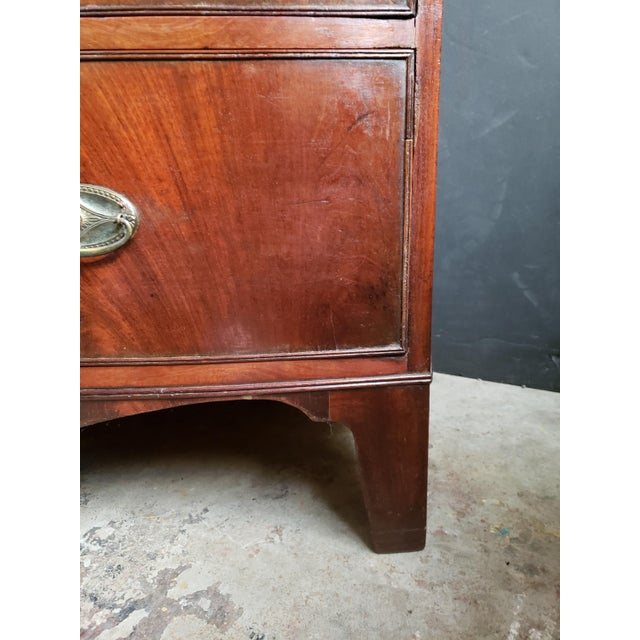 Georgian English Mahogany 2 Over 3 Bow Front Chest on Bracket Feet For Sale - Image 4 of 13