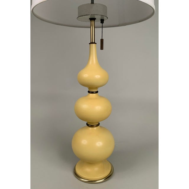 Mid-Century Modern 1960s Ceramic Lamps by Gerald Thurston for Lightolier - a Pair For Sale - Image 3 of 5