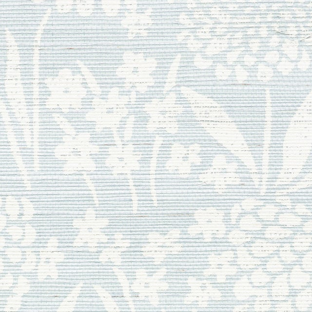 Sample - Schumacher Chrysanthemum Sisal Wallpaper in Sky For Sale