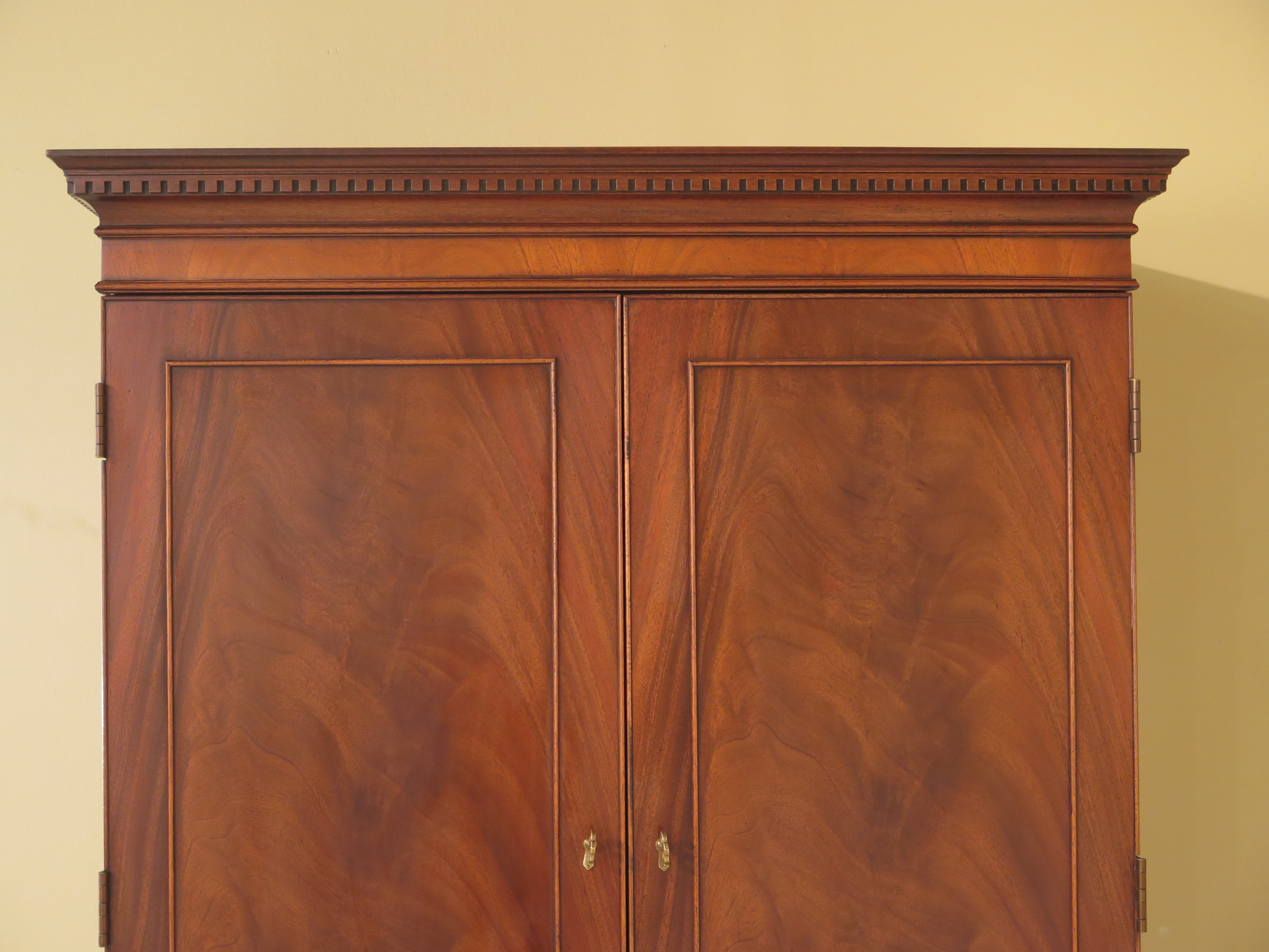 Traditional Hickory Chair Co. Mahogany Armoire Bedroom Chest For Sale    Image 3 Of 13