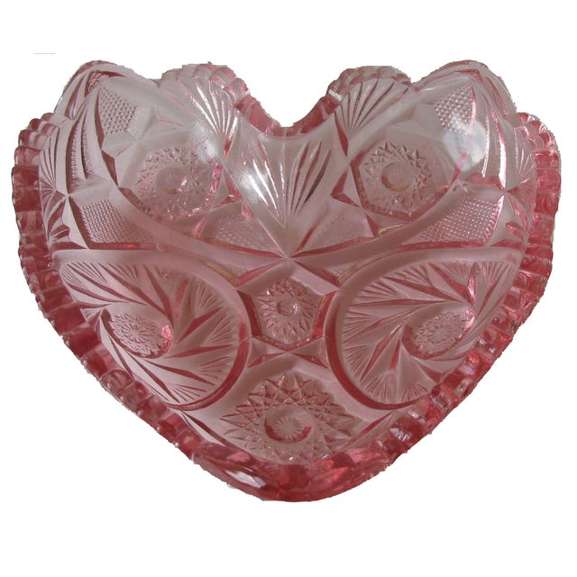 Vintage Pink Glass Heart Bowl For Sale