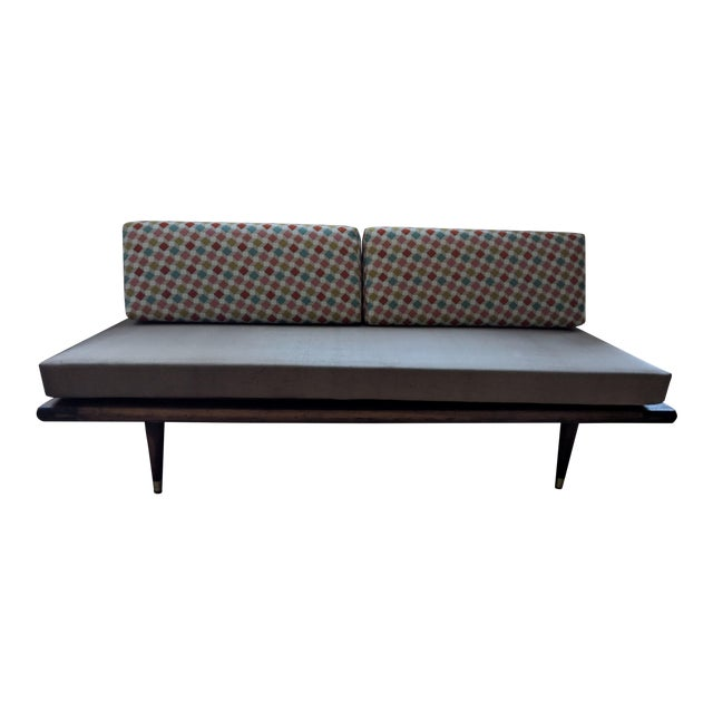 Mid-Century Modern Vintage Daybed For Sale