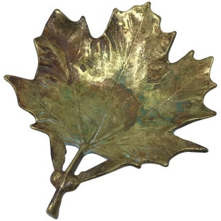 1950s Virginia Metalcrafters Brass Sugar Maple Leaf Sculpture For Sale