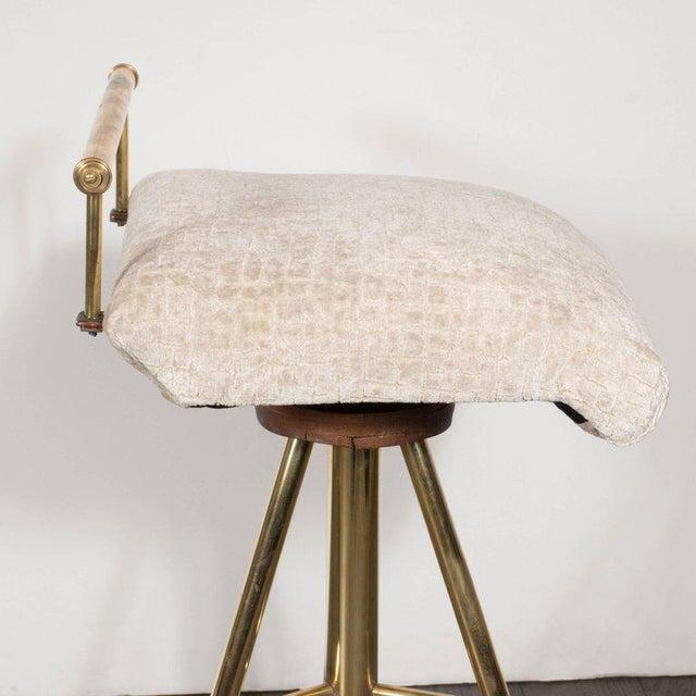 Brass Mid-Century Modern Swivelling Brass Stool with Gauffraged Crocodile Velvet For Sale - Image 7 of 10