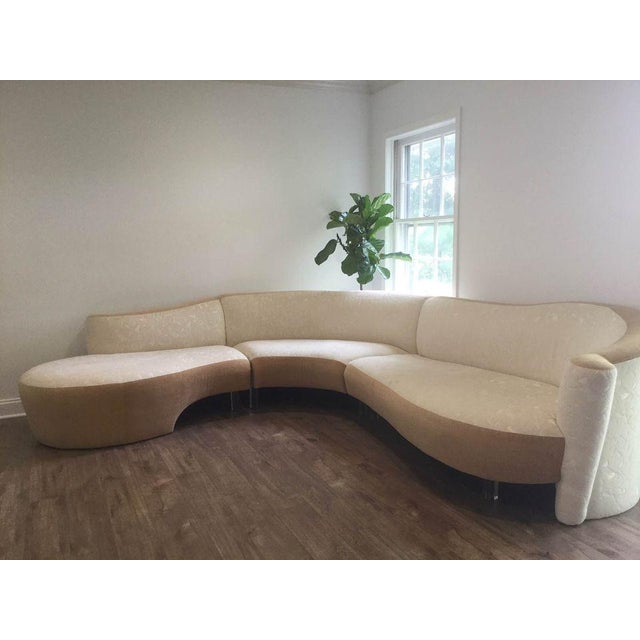 Serpentine Sectional Sofa by Vladimir Kagan for Weiman For Sale - Image 9 of 10