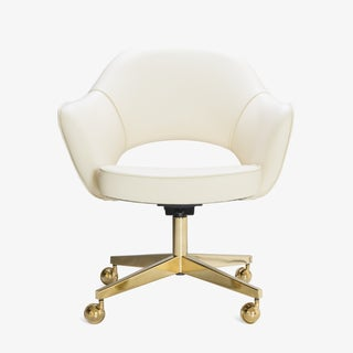 Saarinen Executive Arm Chairs in Crème Leather, Swivel Base, 24k Gold Edition Preview