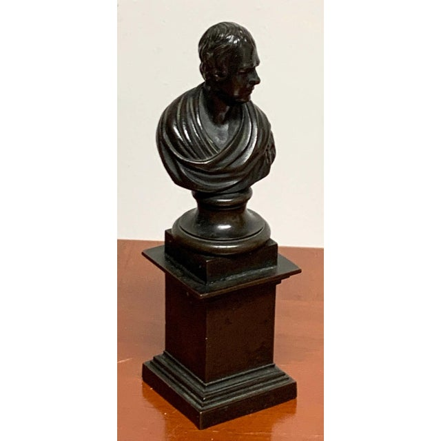 Traditional 19th Century Regency Bronze Bust of Lord Byron For Sale - Image 3 of 7