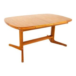 D-Scan Mid Century Teak Hidden Leaf Dining Table For Sale