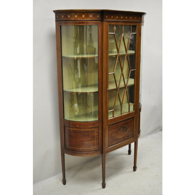 Antique English Edwardian Satinwood Inlay Bowed Curved Glass China Display Cabinet Curio. Item features satinwood inlay,...