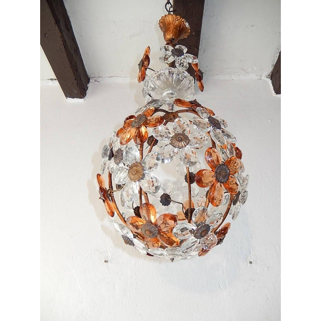 Peach Clear and Peach Crystal Flowers Maison Baguès Style Chandelier For Sale - Image 8 of 8